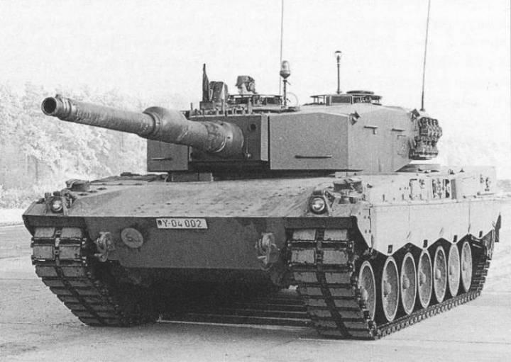 1480085801_leopard-2av.jpg
