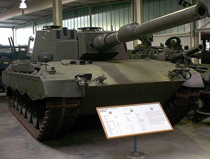Прототип танка Leopard 2 №14 с модифицированной башней №14