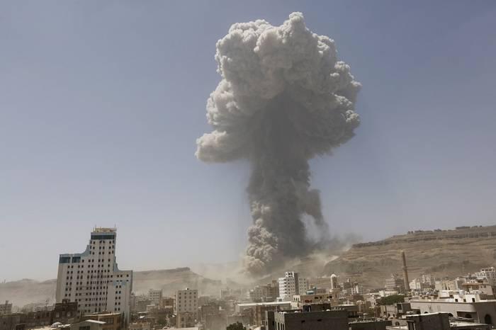СМИ: Арабская коалиция нанесла серию ударов по Йемену